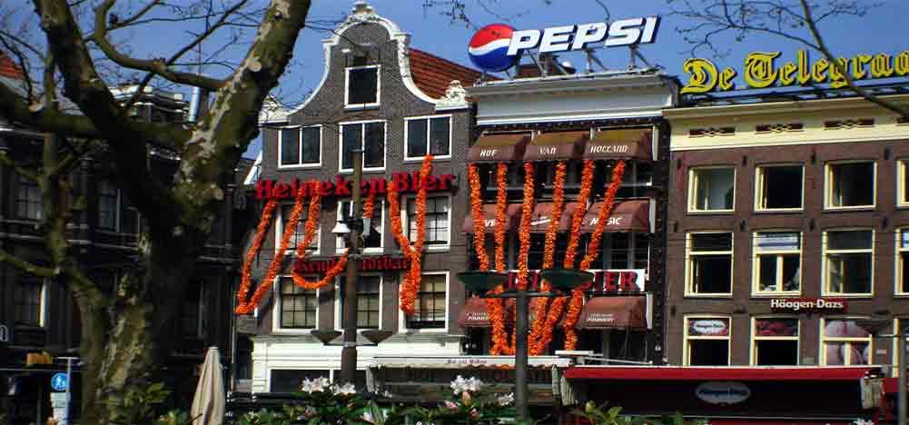 bernachtung in amsterdam niederlande hotels hostels zimmer hostels hausboot. Black Bedroom Furniture Sets. Home Design Ideas